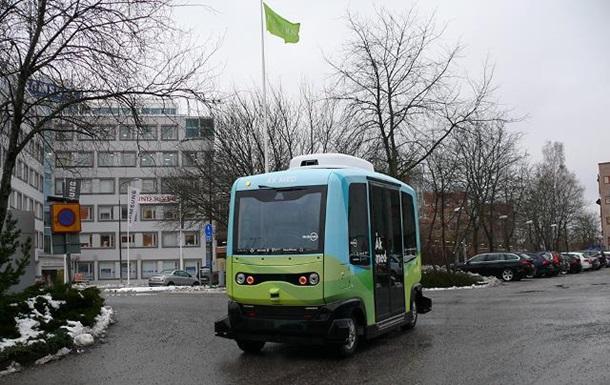 У Стокгольмі запустили безпілотні автобуси