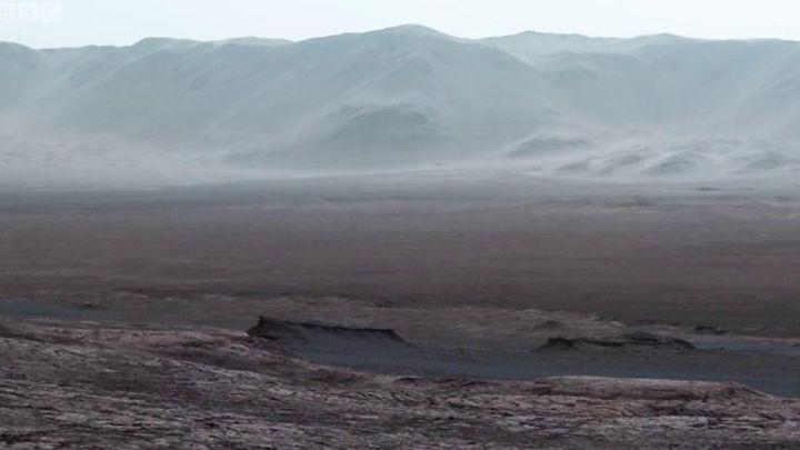 Фото дня: нові вражаючі кадри Марса від робота