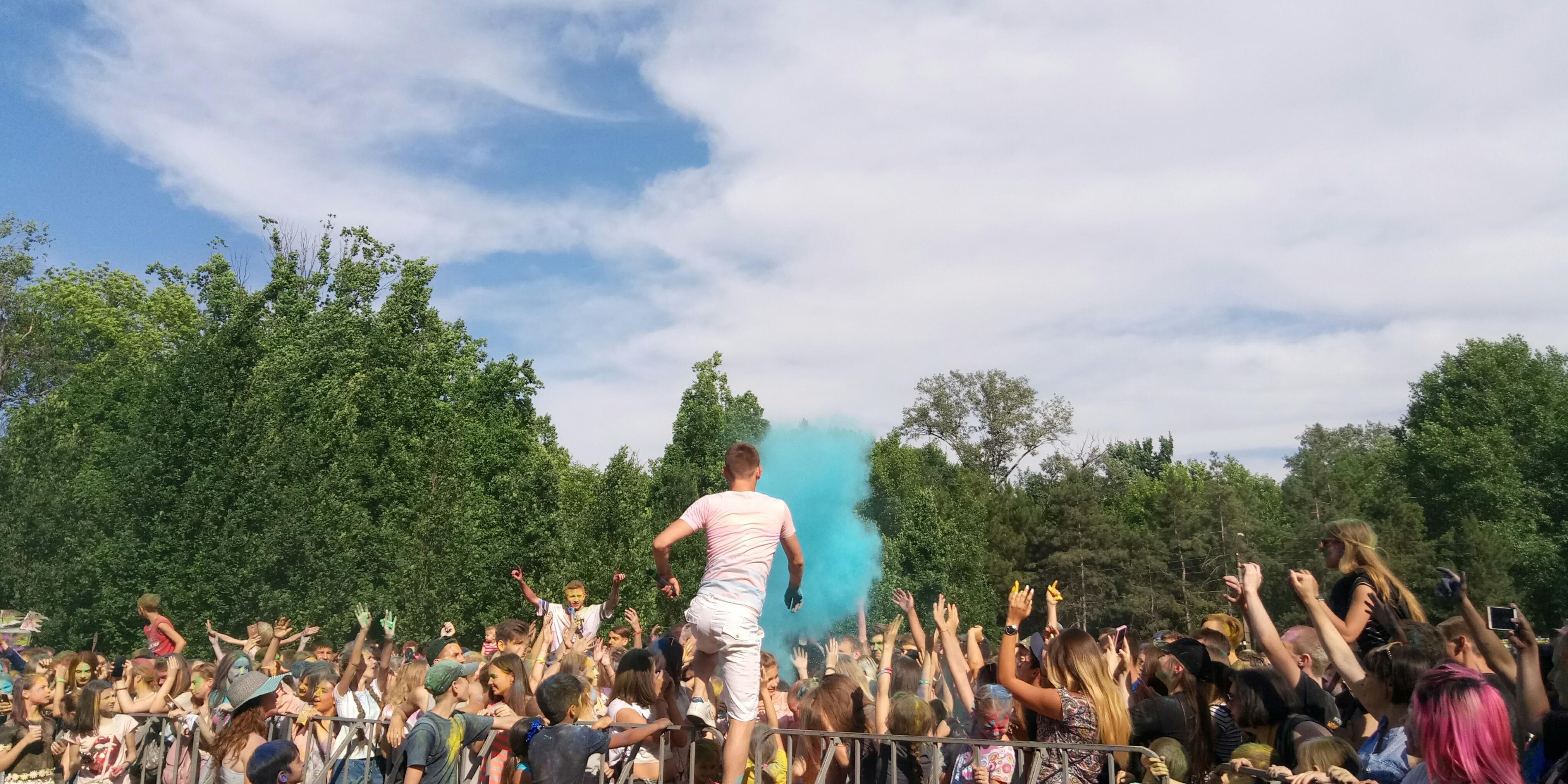 В Запорожье прошел красочный фестиваль – фото