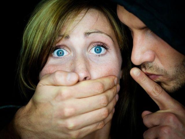 """Жителей Запорожья предупреждают о """"появлении"""" серийного маньяка (фото)"""