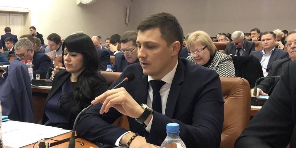 """Мінус один: депутат міської ради Геннадій Наумов вирішив піти з фракції """"Укроп"""""""