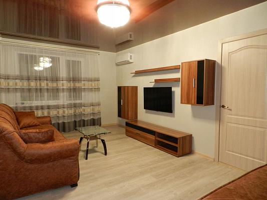 """Майстру КП """"Наше місто"""" планують надати двокімнатну квартиру"""