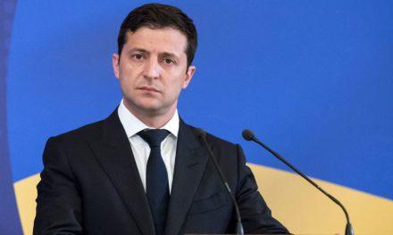 Українці зібрали необхідну кількість голосів для розгляду питання про відставку Зеленського
