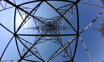 Завтра сотні будинків у Запоріжжі будуть мати перебої з електропостачанням – адреси