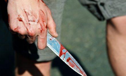 На Запоріжжі відповідач проштрикнув себе ножем прямо в залі суду