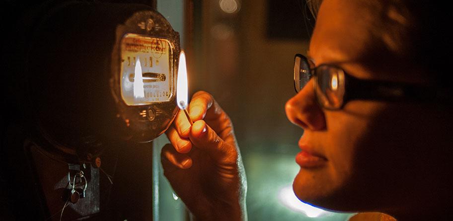 Декілька будинків у Запоріжжі будуть без електроенергії до вечора – адреси