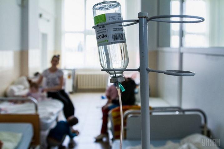 У Запоріжжі закінчуються місця в лікарнях для хворих з COVID-19