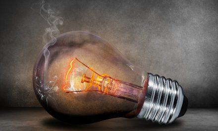 """""""Запоріжжяобленерго"""" анонсує відключення електроенергії для сотень будинків"""