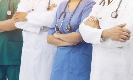 Запорізьким медикам не виплачують обіцяних грошей, міська влада звернулася до МОЗ