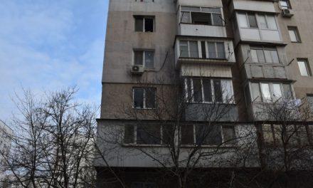 У спальному районі Запоріжжя сталося нещастя, загинула молода жінка